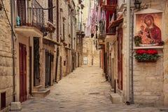 Straat in de oude stad Ruvodi Puglia Apulia Italië royalty-vrije stock fotografie