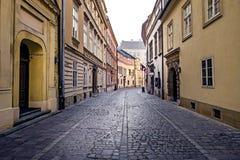 Straat in de oude stad van Krakau stock foto's