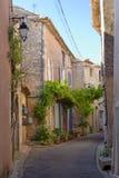 Straat in de Provence stock afbeeldingen