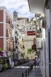 Straat in de stad van Ibiza, Spanje Stock Fotografie