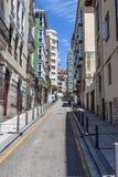 Straat in de stad van Santander Stock Afbeeldingen