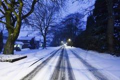 Straat die in sneeuw wordt behandeld Stock Fotografie