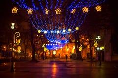 Straat in een Kerstnacht Royalty-vrije Stock Afbeeldingen