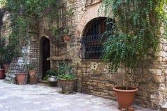 Straat in een stad van Toscanië Stock Foto