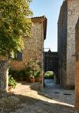 Straat in Grambois, de Provence Stock Foto's