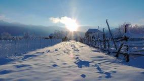 Straat in het dorp in de winter Royalty-vrije Stock Foto