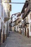 Straat in het oude dorp van Candelario in Spanje 24 september 2017 Spanje Royalty-vrije Stock Afbeeldingen