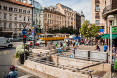 Straat in het stadscentrum van Boedapest, Hongarije Royalty-vrije Stock Afbeelding