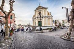 Straat in Ischia, Italië stock foto's