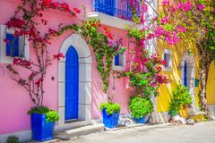 Straat in Kefalonia, Griekenland stock afbeelding