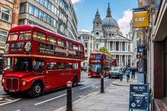 Straat in Londen HDR-stijlbeeld stock afbeelding