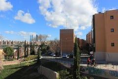 Straat in Madrid, Spanje, woonwijk, Stock Foto's