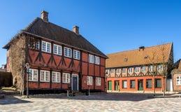Straat met oude huizen van Ribe in Denemarken Stock Afbeelding