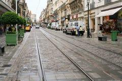 Straat met tramweg in stad Royalty-vrije Stock Foto