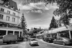 Straat in Monte Estoril, Portugal Royalty-vrije Stock Foto's