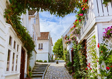 Straat in oud centrum van Stavanger - Noorwegen Royalty-vrije Stock Foto