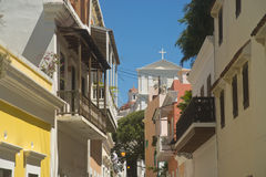 Straat in oud San Juan, Puerto Rico Royalty-vrije Stock Afbeeldingen