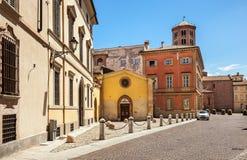 Straat in Piacenza, Italië Stock Foto's