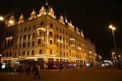 Straat Praag bij nacht Royalty-vrije Stock Foto's