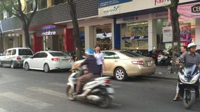 Straat in Saigon, Vietnam stock footage