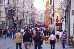 Straat taksim-Istiklal in Istanboel Stock Foto