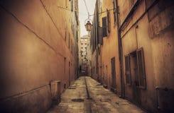 Straat in Toulon, Kooi dAzur stock foto's