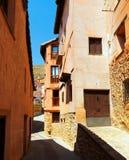 Straat van oude Stad Albarracin Stock Foto's