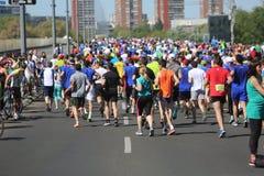 Straatagenten bij de 29ste marathon van Belgrado Royalty-vrije Stock Afbeeldingen