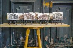 Straatbox bij plaka stock afbeeldingen