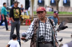 Straatfotograaf in de Stad van Guatemala Stock Afbeeldingen