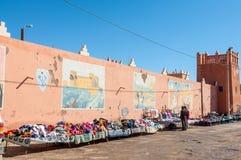 Straatmarkt in Marokkaanse stad Stock Afbeelding