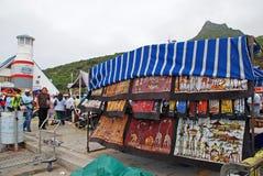 Straatmarkt van Afrikaanse ambachten, Cape Town, Zuid-Afrika Stock Afbeelding
