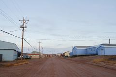 Straatmening van Baker Lake, Nunavut Canada royalty-vrije stock afbeeldingen