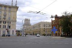 Straatmening van de stadscentrum van Minsk, Wit-Rusland De mening van de straat Stadscentrum royalty-vrije stock afbeelding