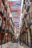 Straatmening van Las Letras of Literair Kwart in Madrid stock afbeeldingen