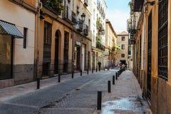 Straatmening van Las Letras of Literair Kwart in Madrid stock foto's