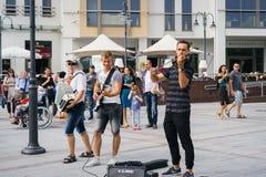 Straatmusici die klassieke muziek spelen Royalty-vrije Stock Foto's