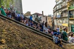 Straatpartij in Porto - Portugal stock foto's