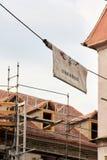 Straatsburg, Frankrijk - Juni 15, 2010: Een algemene banner met de inschrijving Straatsburg in de Oude Stad van Straatsburg stock afbeelding