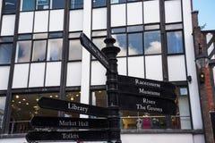 Straatscènes in Chester England stock afbeelding