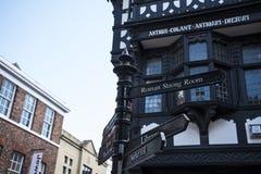 Straatscènes in Chester England stock foto's
