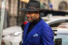 Straatstijl tijdens Milan Fashion Week voor Daling/de Winter van 2015-16 Royalty-vrije Stock Fotografie