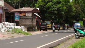 Straatverkeer op Bali stock videobeelden