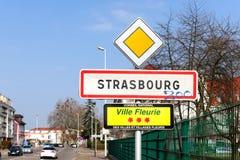 Strabourg Ville Fleurie firma adentro la ciudad Fotos de archivo