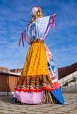 Strach na wróble lala ubierająca w ostatki odzieżowym rosjaninie zdjęcie stock