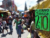 Strada affollata in Chilpancingo Immagini Stock Libere da Diritti
