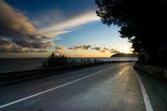 Strada al paesaggio di tramonto in Liguria Italia Fotografia Stock