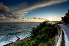 Strada al paesaggio di tramonto in Liguria Italia Fotografie Stock