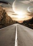 Strada al tramonto surreale fotografie stock libere da diritti