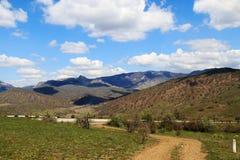 Strada alle montagne Fotografia Stock